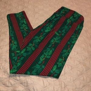 Lularoe- Christmas leggings size TC